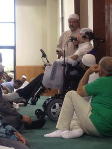 Robert speaking at a masjid in Texas. Photo Courtesy Ustadh Nouman's homepage