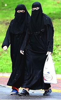 niqabpeterbyrneblog.jpg