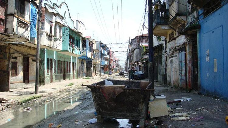 Dirty street in Colon, Panama