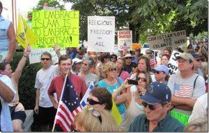 murfreesboro-mosque-demonstrators