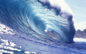 Ocean wave curling